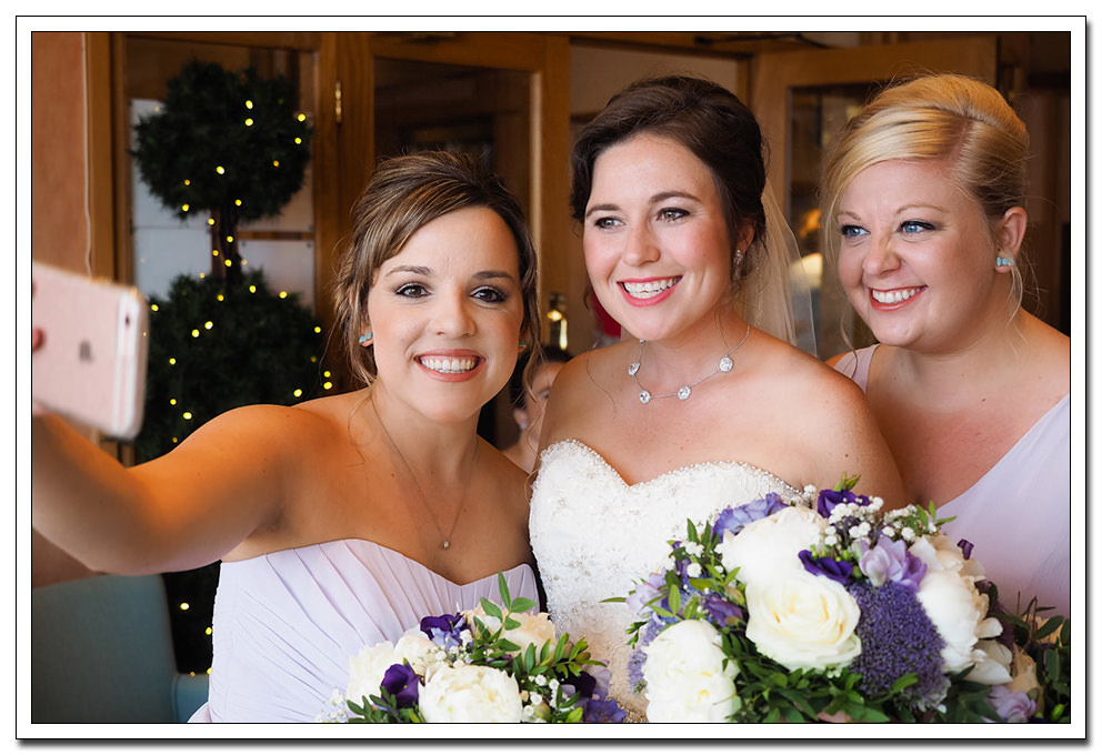 bride and bridesmaids at the expanse hotel - gary Simpson photography