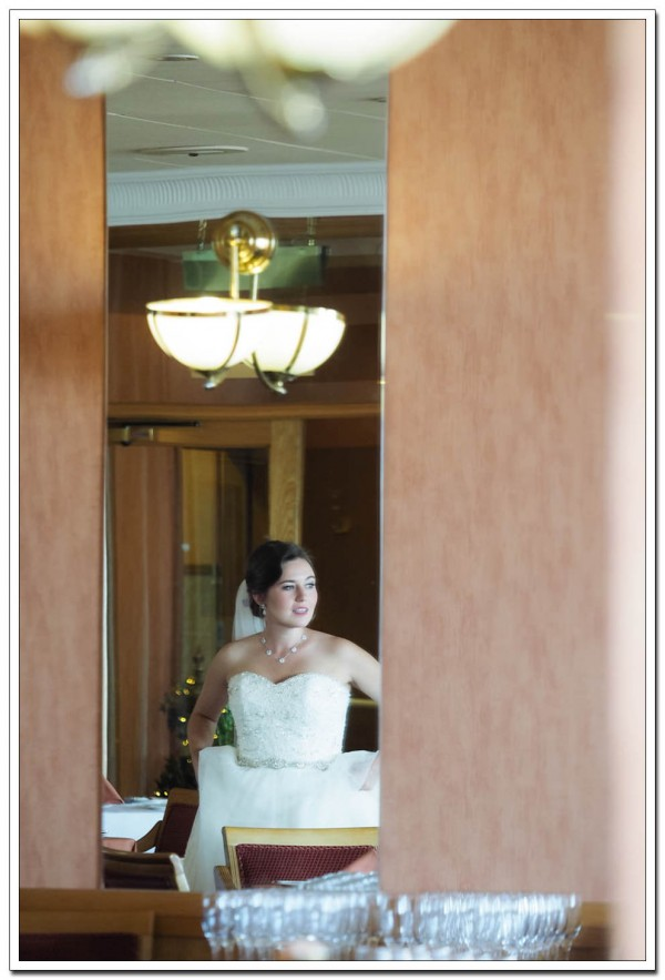 bridal portrait at the expanse hotel