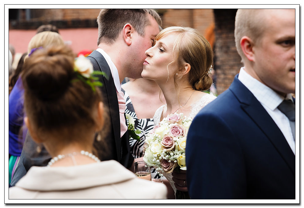 merchant adventurers hall wedding - york-16