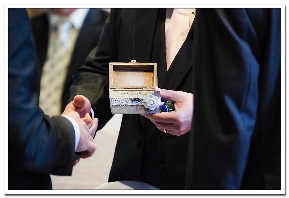 wedding at the merchants hall - york