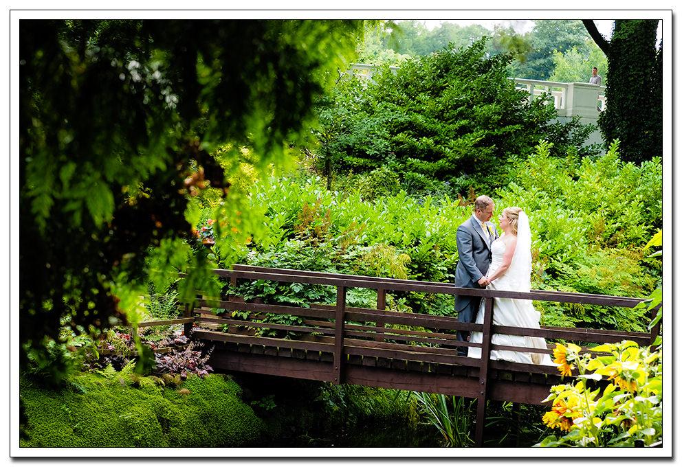 yorkshire wedding photographer - raithwaite hall