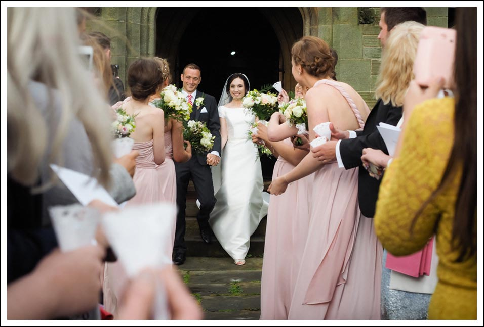 newly weds leaving the church