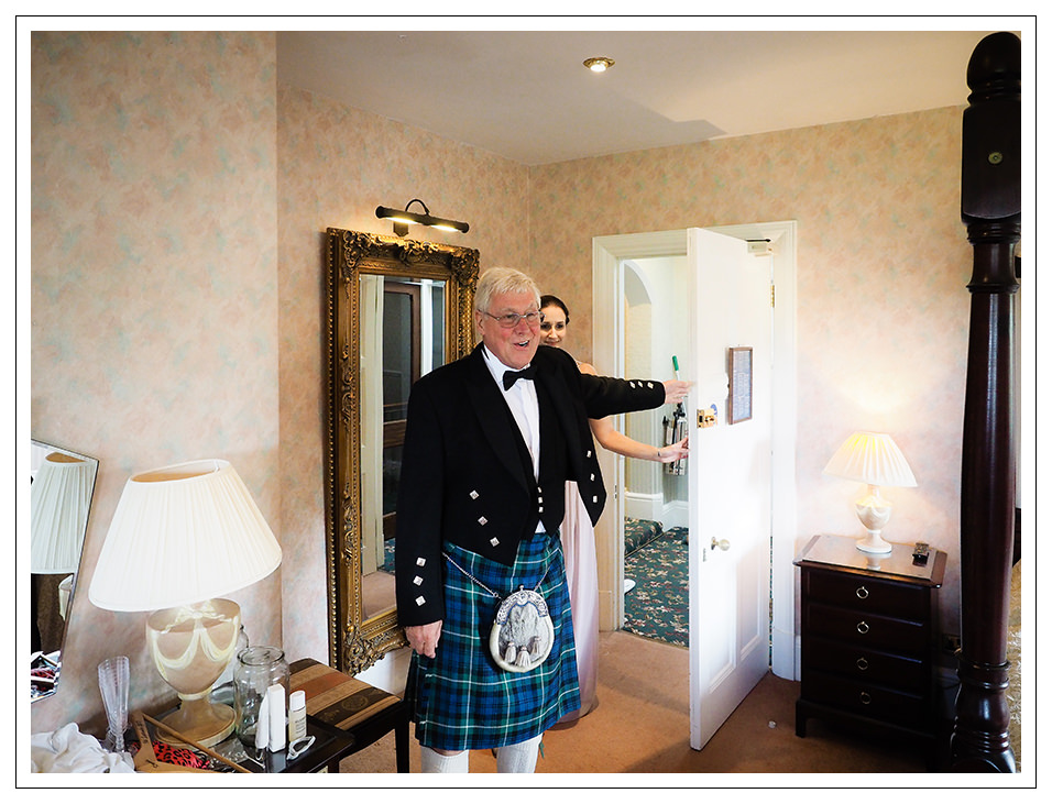 brides father seeing his daughter at rushpool hotel